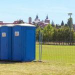 Sanitarios portátiles para instalaciones deportivas.